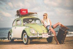 Automobile VW surfer girl 1280X853